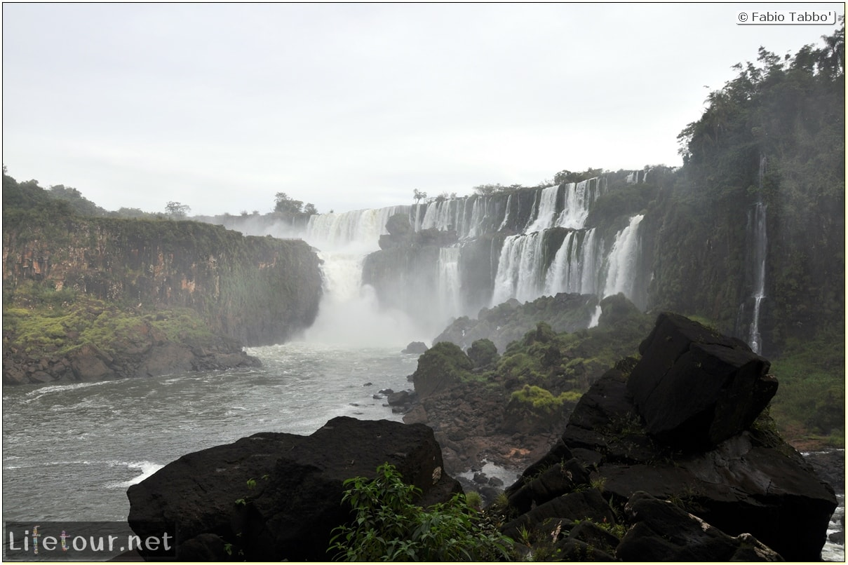 Fabios-LifeTour-Argentina-2015-July-August-Puerto-Iguazu-falls-The-Iguazu-falls-8504