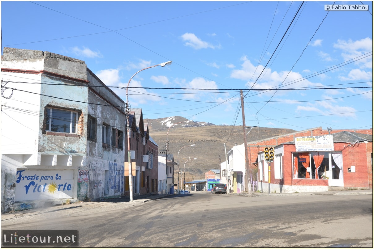 Fabios-LifeTour-Argentina-2015-July-August-Rio-Turbio-Chile-border-crossing-3562