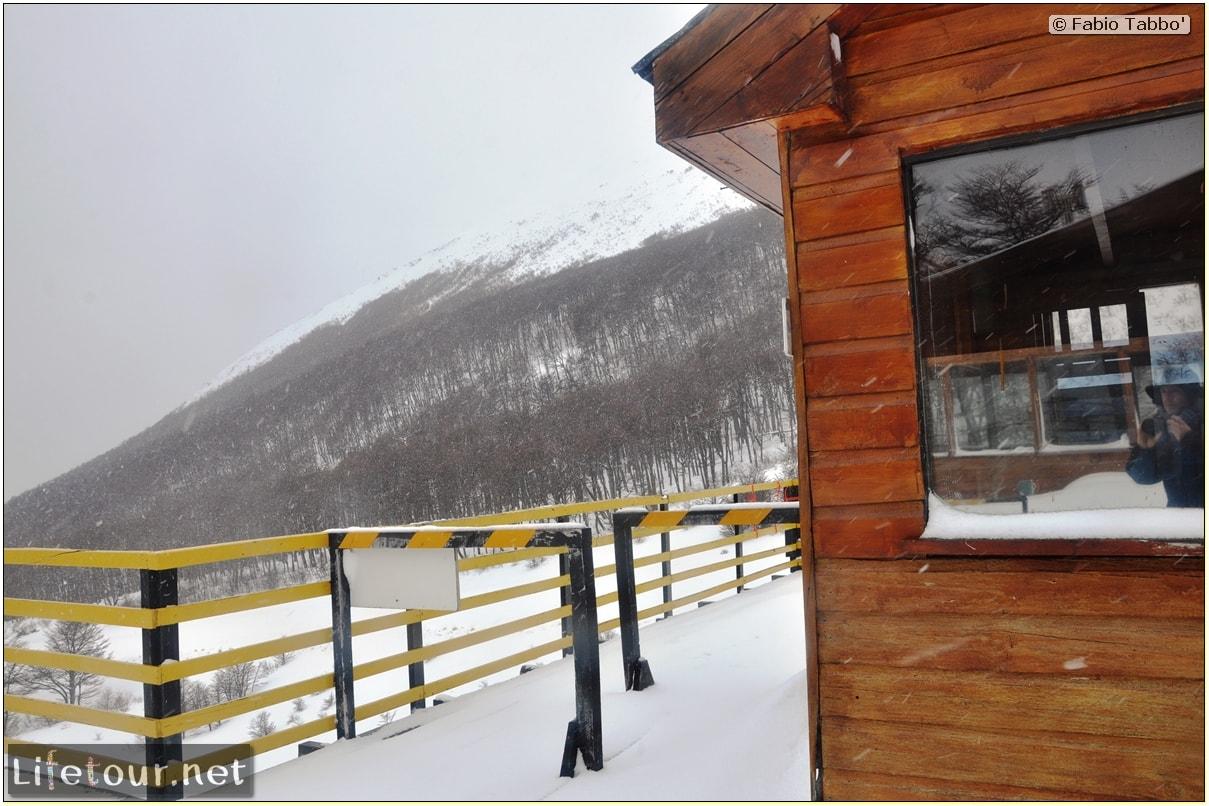 Fabios-LifeTour-Argentina-2015-July-August-Ushuaia-Glacier-Martial-2-Refugio-de-montana-7261