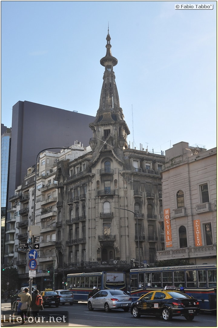 Fabios-LifeTour-Argentina-2015-July-August-buenos-aires-City-Center-Plaza-25-de-Mayo-and-Casa-Rosada-7194