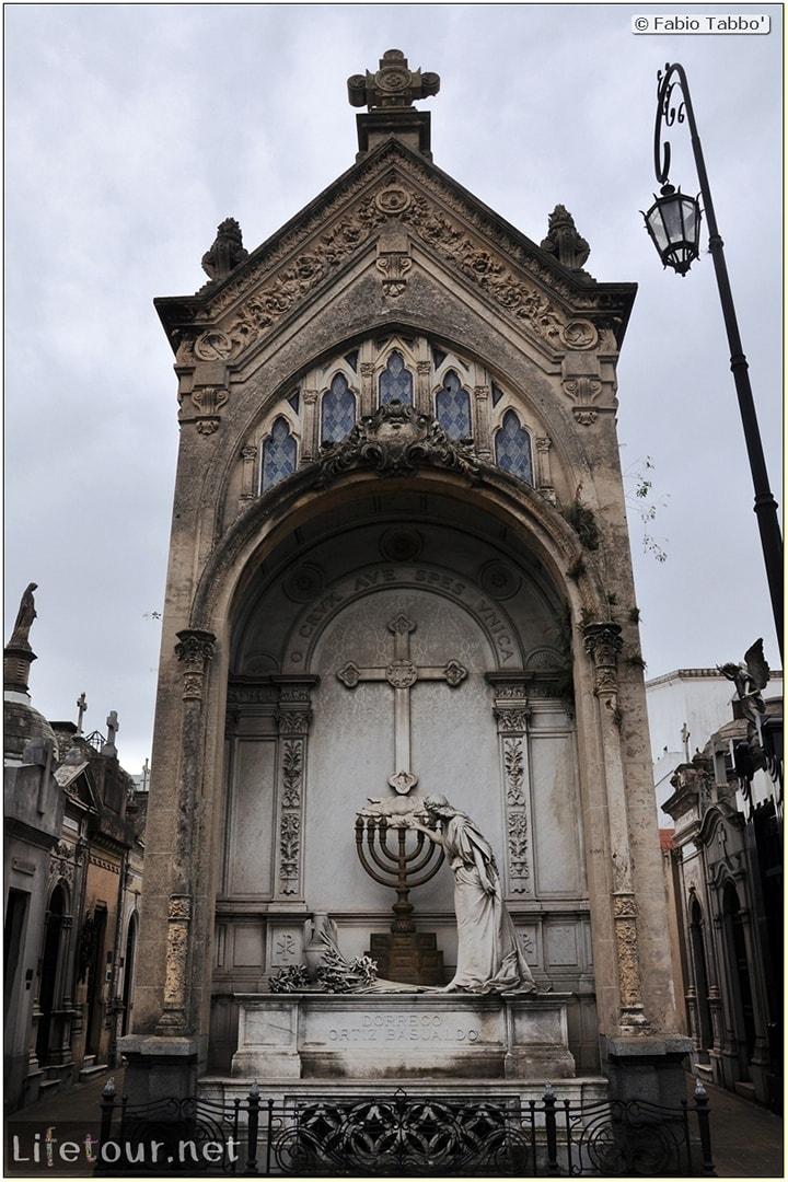 Fabios-LifeTour-Argentina-2015-July-August-buenos-aires-Recoleta-Recoleta-Cemetery-3311