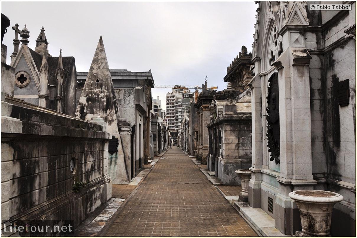 Fabios-LifeTour-Argentina-2015-July-August-buenos-aires-Recoleta-Recoleta-Cemetery-3916-cover-1