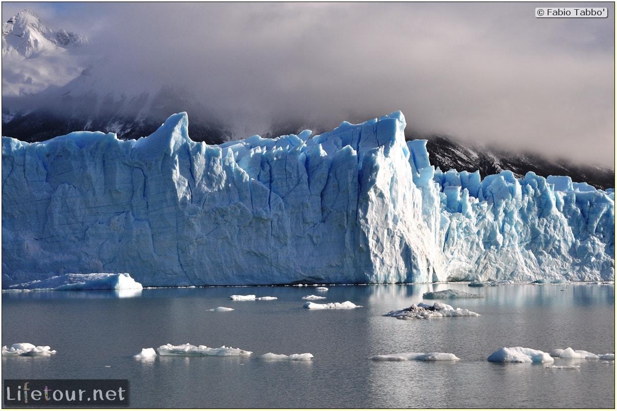 Glacier-Perito-Moreno-Southern-section-Hielo-y-Aventura-trekking-1-Bus-Boat-Trip-1006