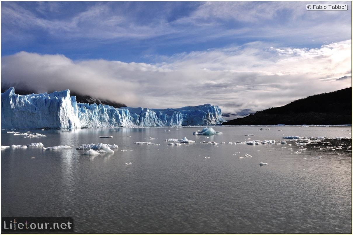 Glacier-Perito-Moreno-Southern-section-Hielo-y-Aventura-trekking-1-Bus-Boat-Trip-1013