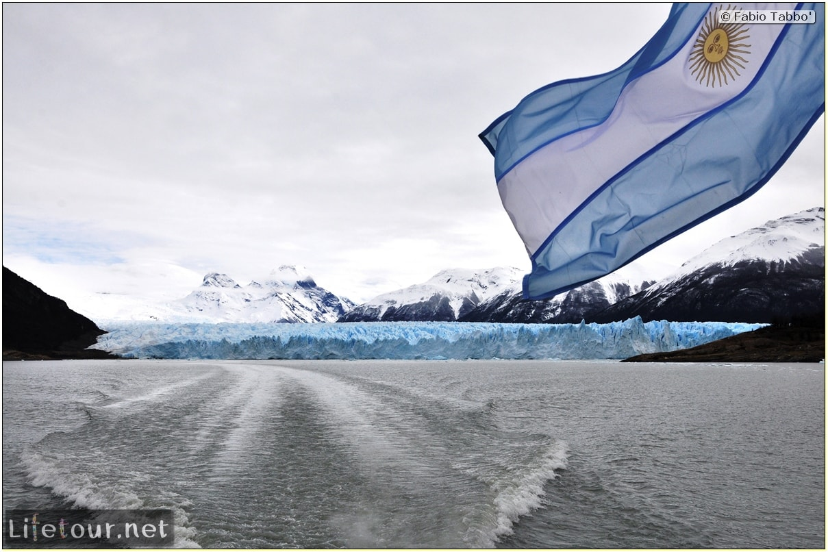 Glacier-Perito-Moreno-Southern-section-Hielo-y-Aventura-trekking-6-return-trip-by-boat-2-cover-1