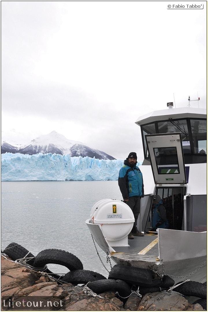 Glacier-Perito-Moreno-Southern-section-Hielo-y-Aventura-trekking-6-return-trip-by-boat-266