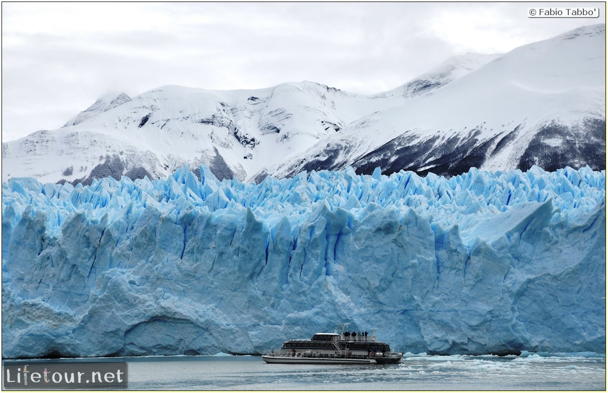 Glacier-Perito-Moreno-Southern-section-Hielo-y-Aventura-trekking-6-return-trip-by-boat-cover2-1