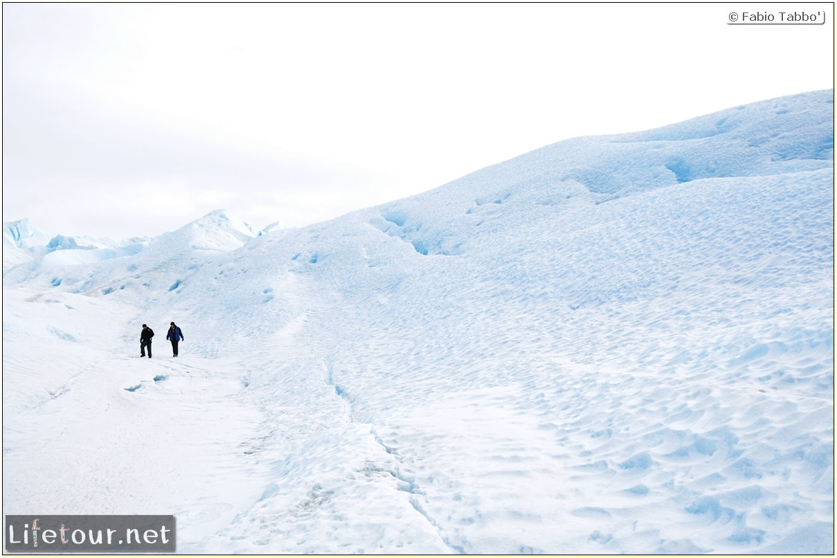 Southern-section-Hielo-y-Aventura-trekking-4-Climbing-the-Perito-Moreno-glacier-38
