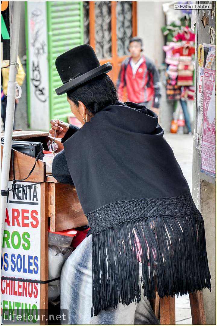 Fabio_s-LifeTour---Bolivia-(2015-March)---La-Paz---Witches-Market-(Mercado-de-las-Brujas)---5415