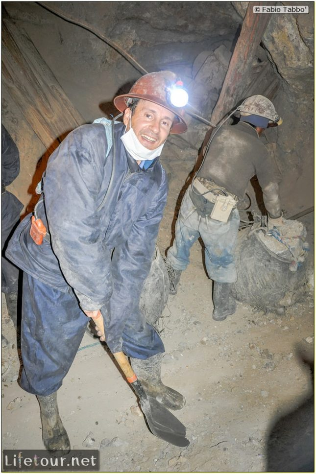 Fabio_s-LifeTour---Bolivia-(2015-March)---Potosi---mine---2.-Inside-the-mine-(welcome-to-hell)---6494-cover