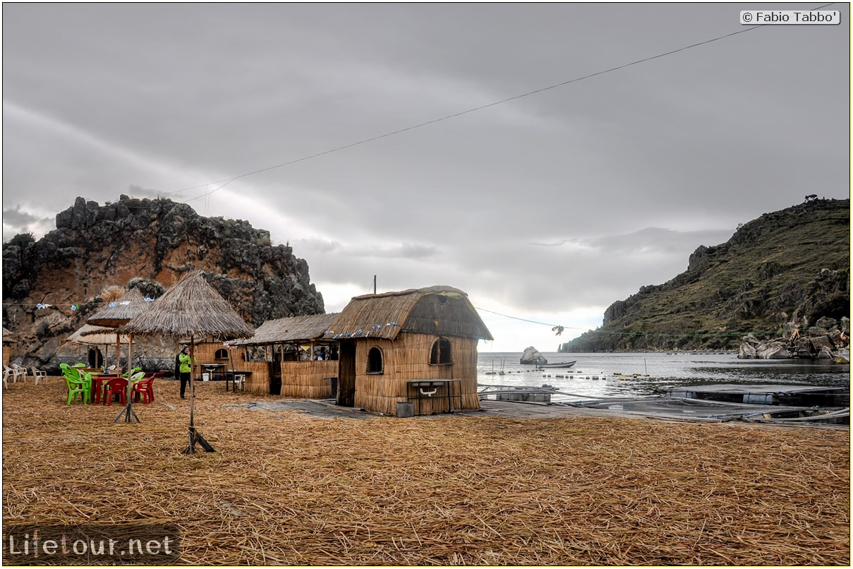 Fabio_s-LifeTour---Bolivia-(2015-March)---Titicaca---Titicaca-Lake---2.-Islas-flotantes---9694