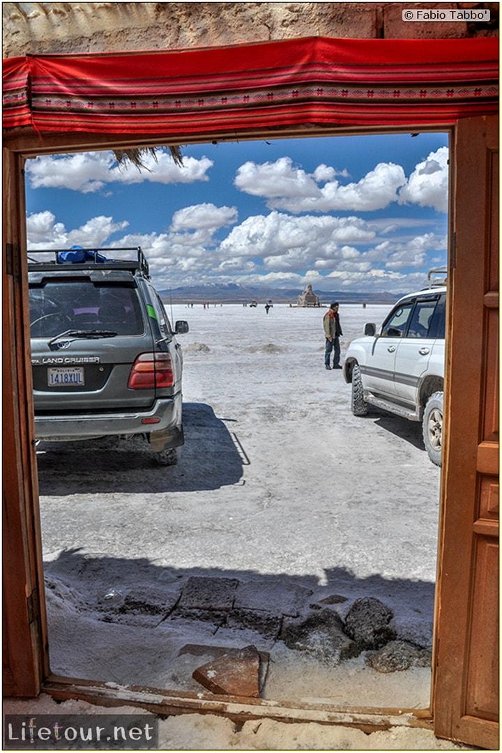 Fabio_s-LifeTour---Bolivia-(2015-March)---Ujuni---Salar-de-Ujuni---2--Paris-Dakar-refuge---9966