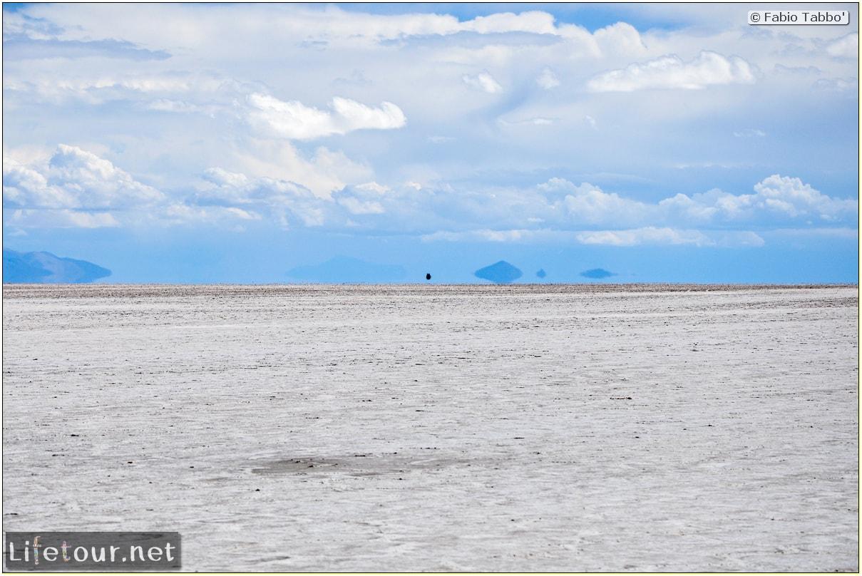 Fabio_s-LifeTour---Bolivia-(2015-March)---Ujuni---Salar-de-Ujuni---3--erratic-trekking---10482