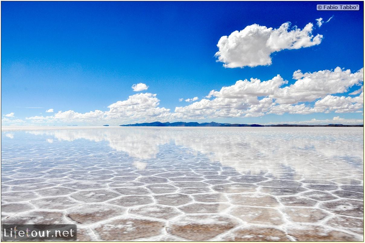 Fabio_s-LifeTour---Bolivia-(2015-March)---Ujuni---Salar-de-Ujuni---3--erratic-trekking---10760