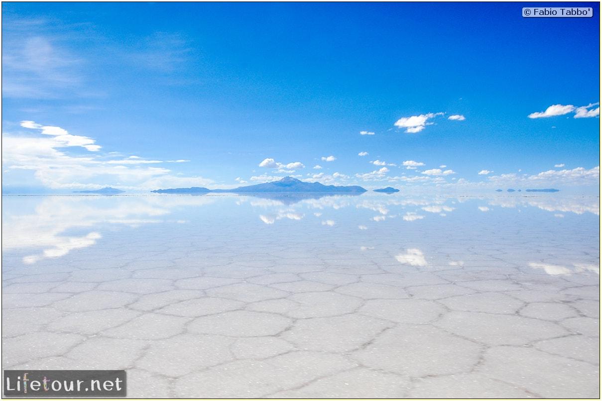 Fabio_s-LifeTour---Bolivia-(2015-March)---Ujuni---Salar-de-Ujuni---3--erratic-trekking---11101-cover