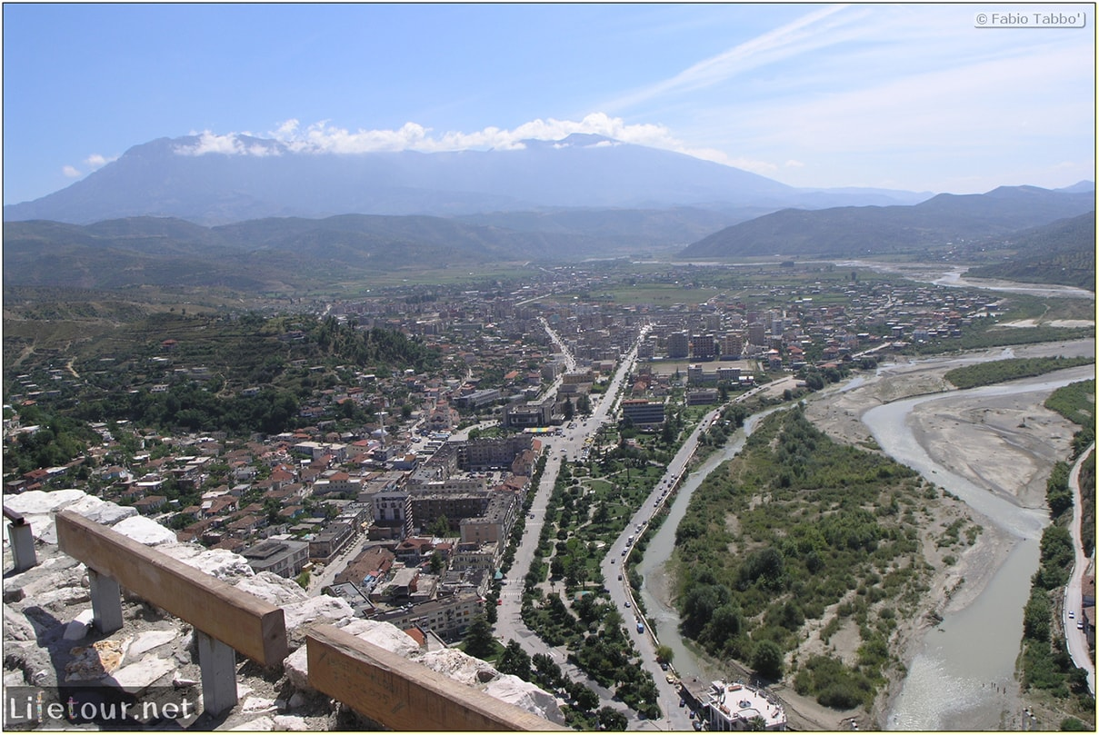 Fabios-LifeTour-Albania-2005-August-Berat-Berat-City-20037-2