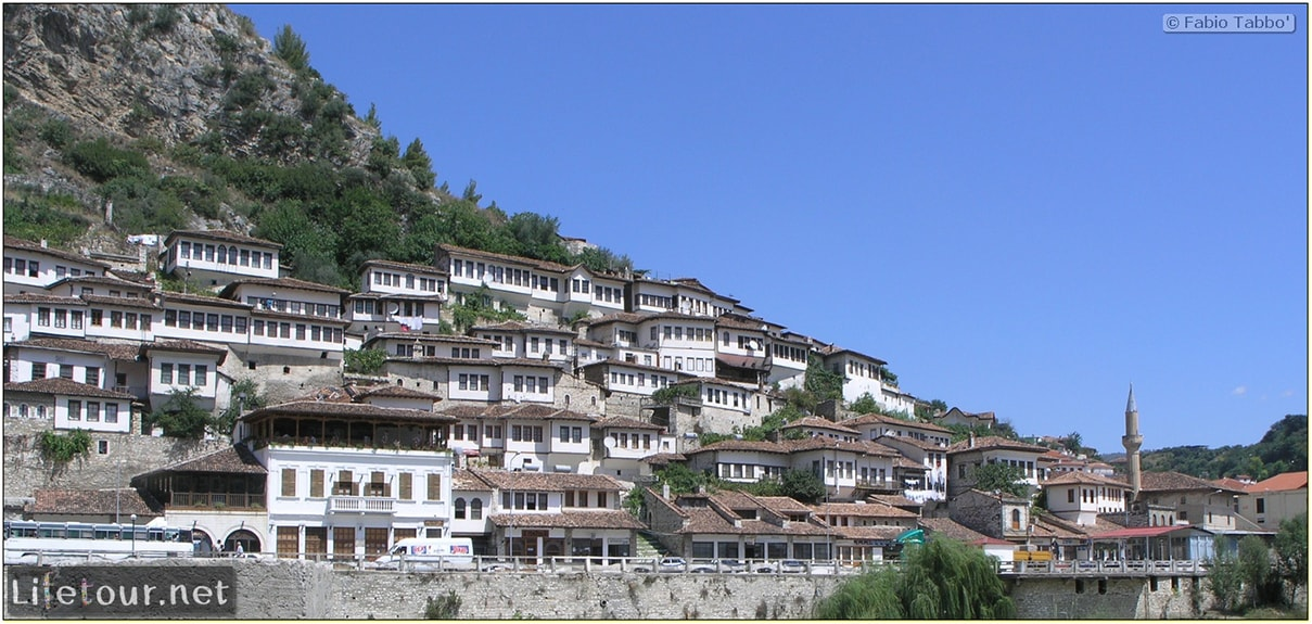 Fabios-LifeTour-Albania-2005-August-Berat-Berat-City-20044-1