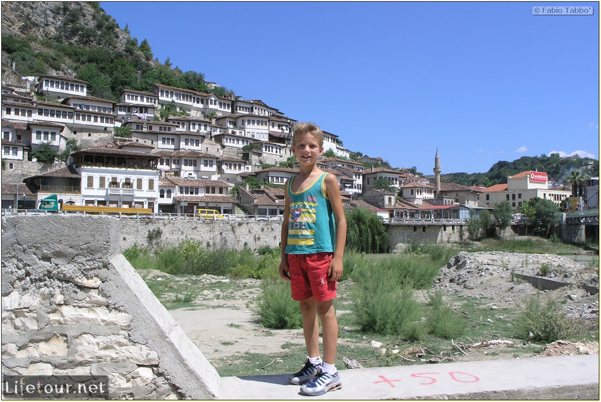 Fabios-LifeTour-Albania-2005-August-Berat-Berat-City-20045-COVER-7