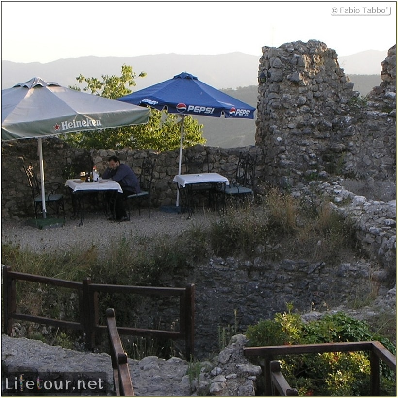 Fabios-LifeTour-Albania-2005-August-Petrelle-20110-3