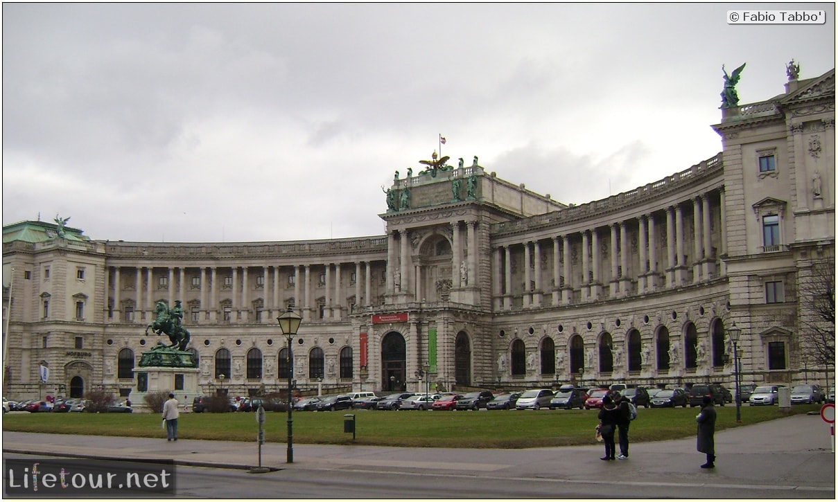 Fabios-LifeTour-Austria-1984-and-2009-January-Vienna-Hofburg-Imperial-Palace-417-cover-1