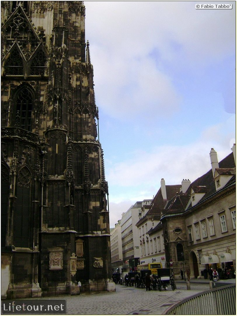 Fabios-LifeTour-Austria-1984-and-2009-January-Vienna-St-Stephens-Cathedral-Stephansdom-441