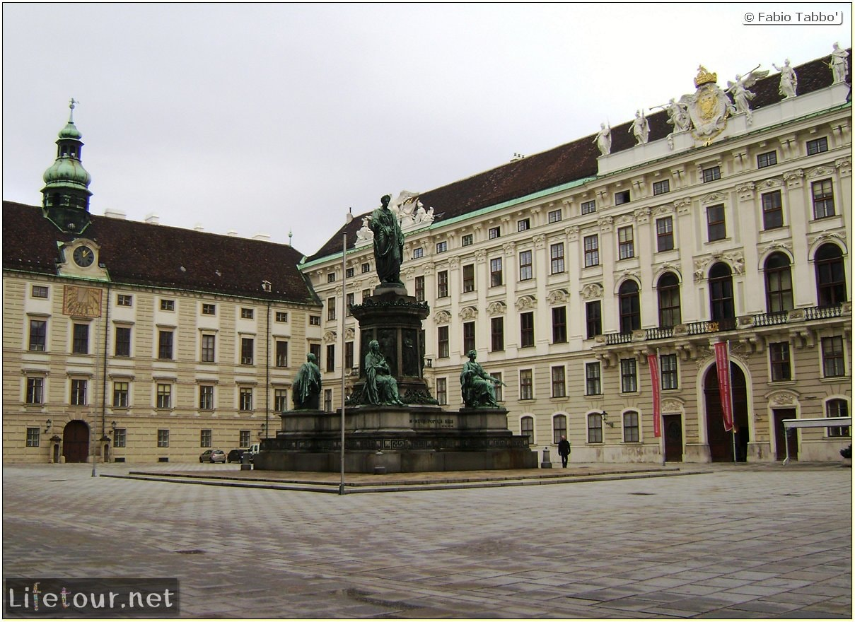 Fabios-LifeTour-Austria-1984-and-2009-January-Vienna-other-pictures-of-Vienna-City-Center-422-cover-1