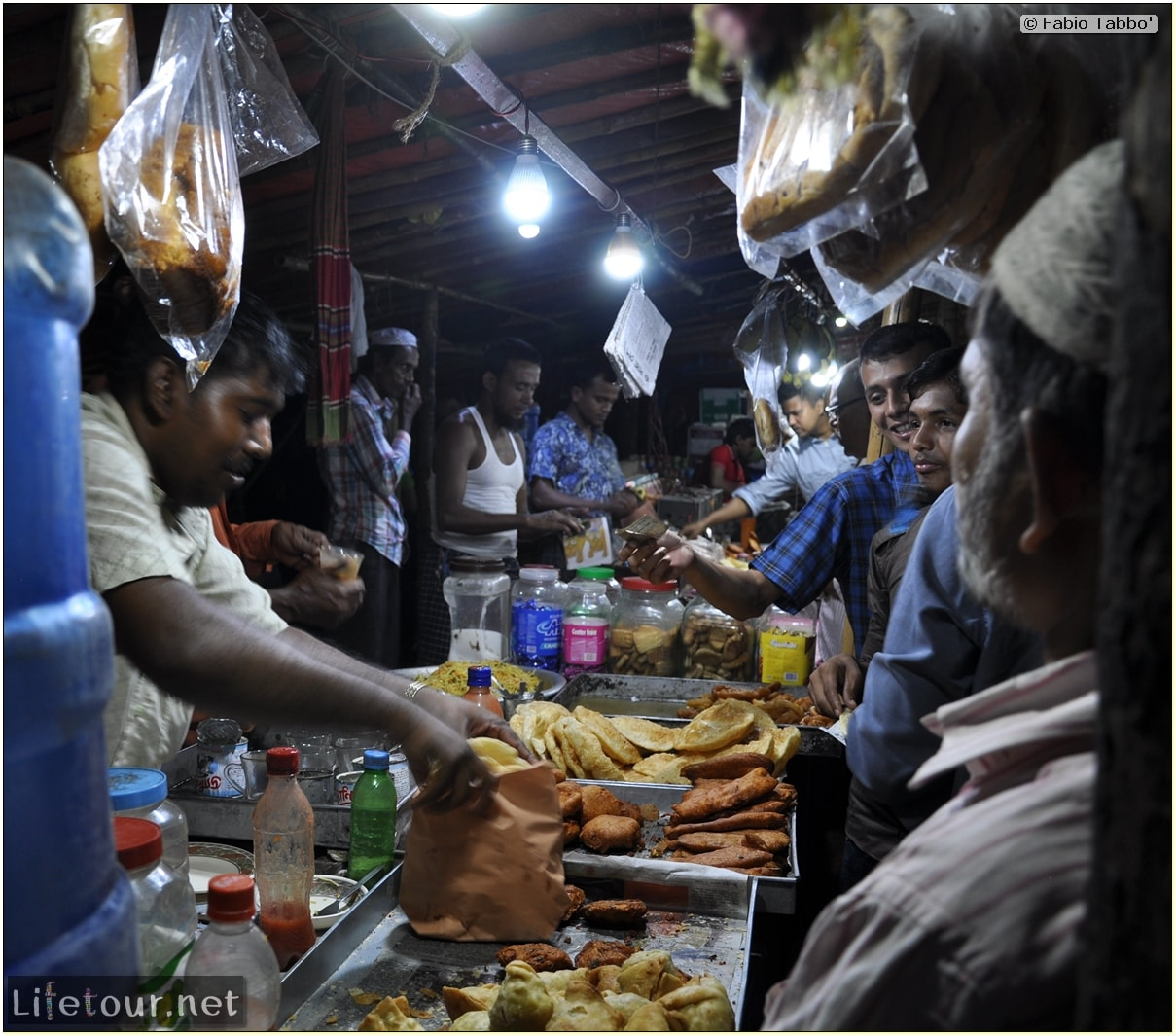 Fabios-LifeTour-Bangladesh-2014-May-Dacca-Night-markets-8220