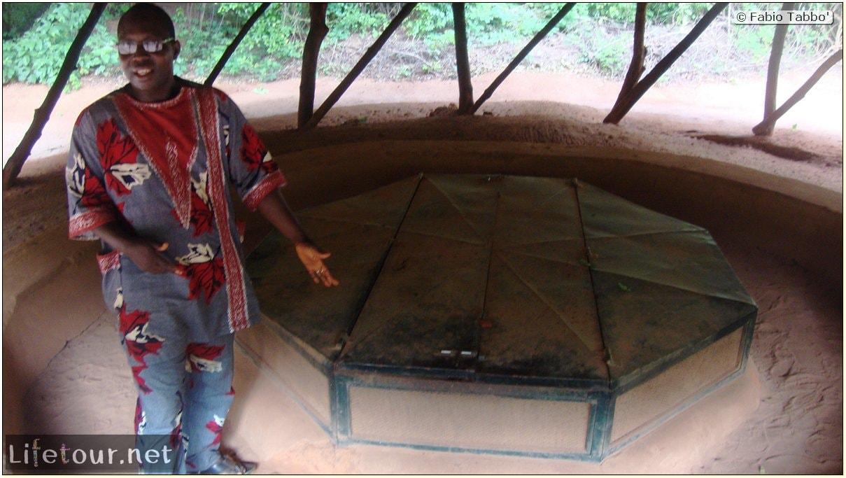 Fabio's LifeTour - Benin (2013 May) - Abomey - Bohicon subterranean village - 1548