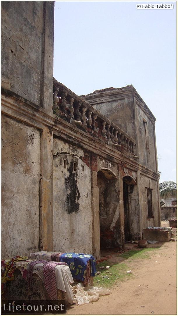 Fabio's LifeTour - Benin (2013 May) - Grand Popo - Comptoirs Coloniaux de Gbecon (ghost town) - 1422