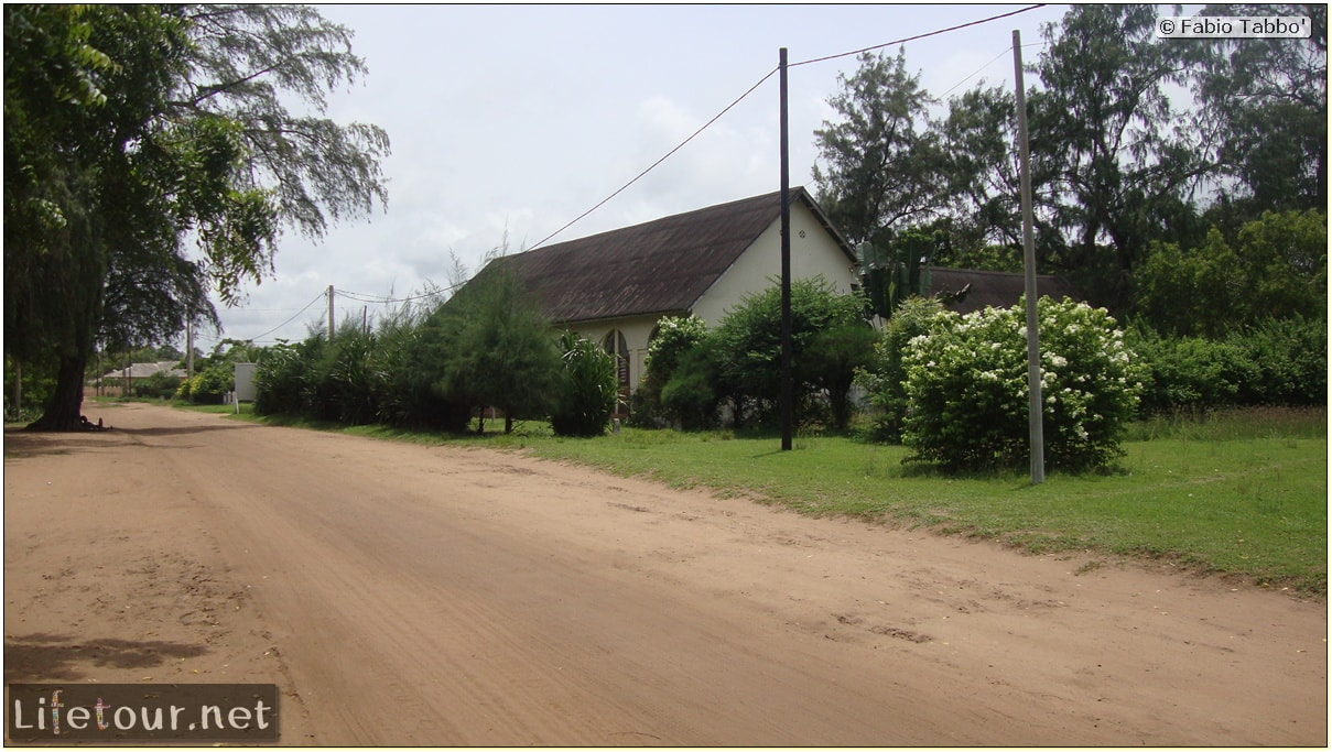 Fabio's LifeTour - Benin (2013 May) - Grand Popo - Comptoirs Coloniaux de Gbecon (ghost town) - 1427