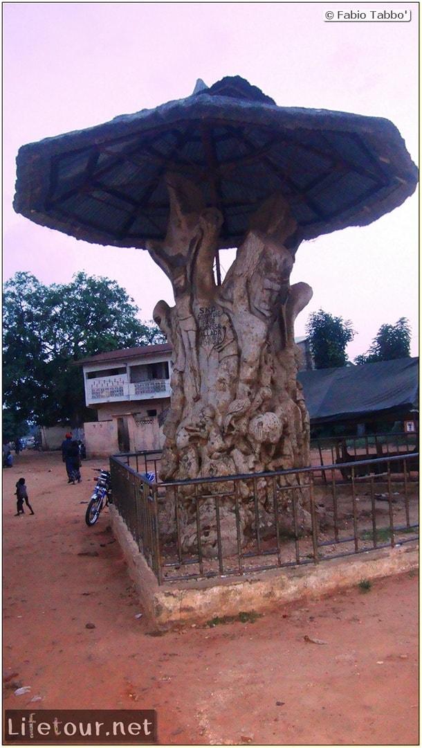 Fabio's LifeTour - Benin (2013 May) - Ouidah - City - 1458
