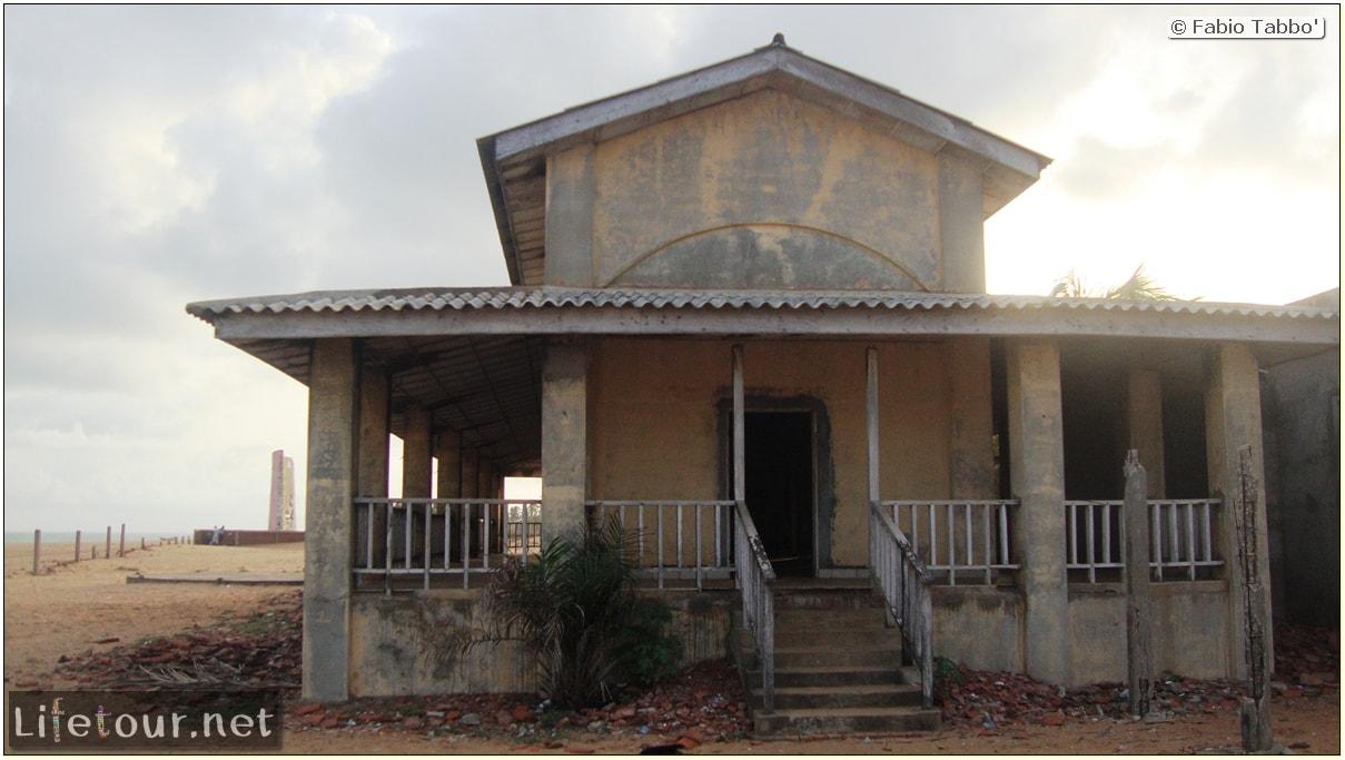 Fabios-LifeTour-Benin-2013-May-Ouidah-Porte-du-Non-Retour-1452