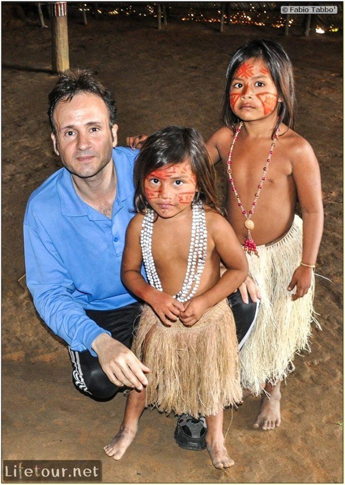 Amazon Jungle - Indios village - 3- The cutest jungle kids ever - 596