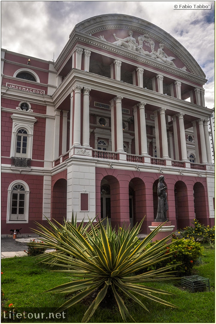 Fabio's LifeTour - Brazil (2015 April-June and October) - Manaus - City - Teatro Amazonas - exterior - 3608