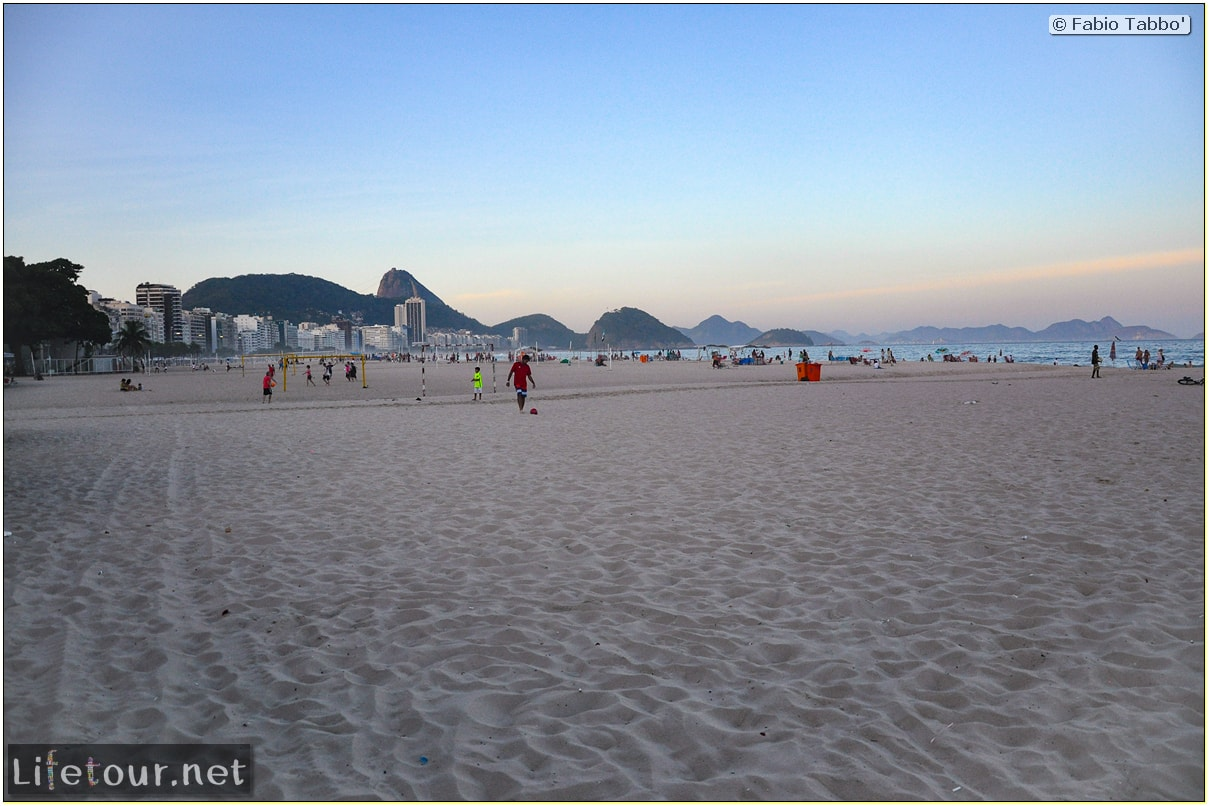 Fabio's LifeTour - Brazil (2015 April-June and October) - Rio De Janeiro - Copacabana beach - 7638