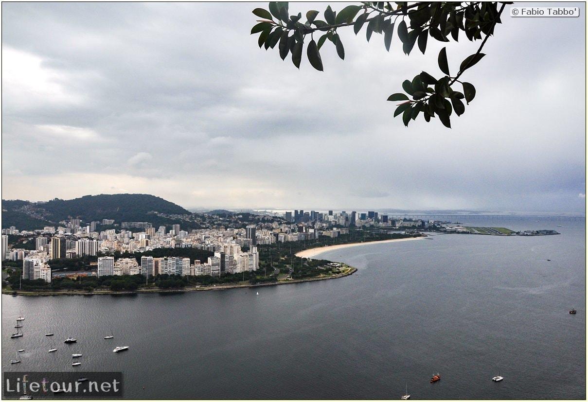 Rio De Janeiro - Trilha Do P¦o De Açúcar - 2- panoramic views on first station - 930