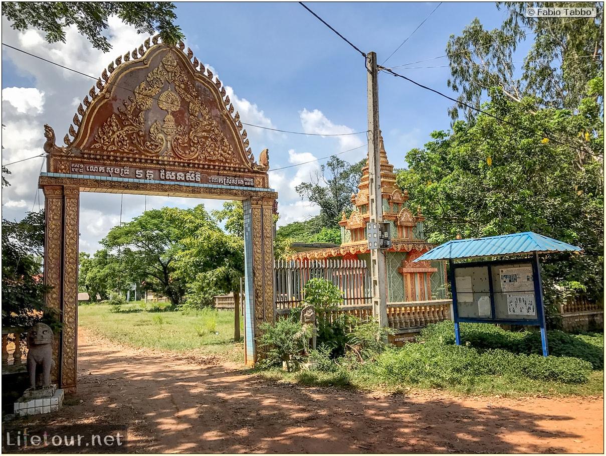 Fabio_s-LifeTour---Cambodia-(2017-July-August)---Krong-Stueng-Saen-(Kampong-Thom)---Wat-Sen-Serei-Pagoda---18426