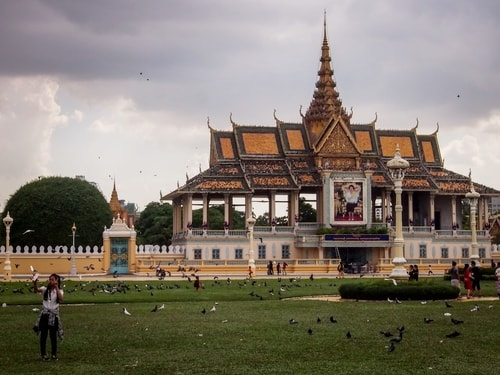 Fabio_s-LifeTour---Cambodia-(2017-July-August)---Phnom-Penh---Royal-Palace---Exterior---20092-cover