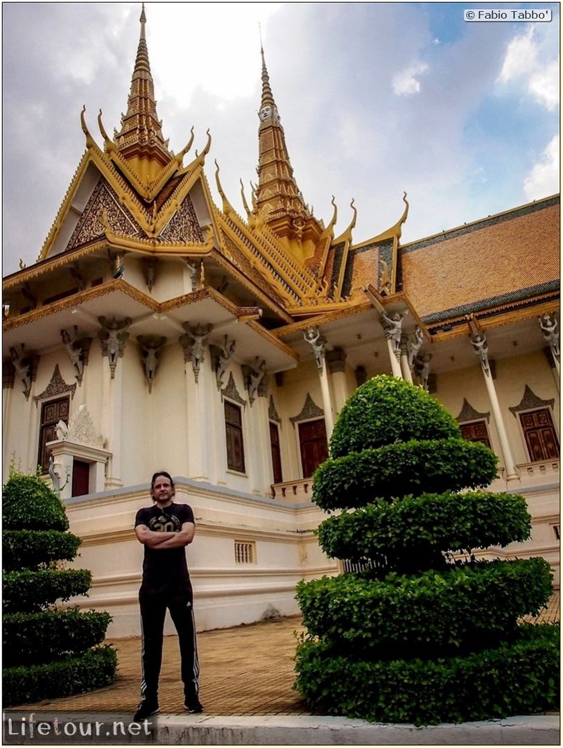 Fabio_s-LifeTour---Cambodia-(2017-July-August)---Phnom-Penh---Royal-Palace---Interior---20071