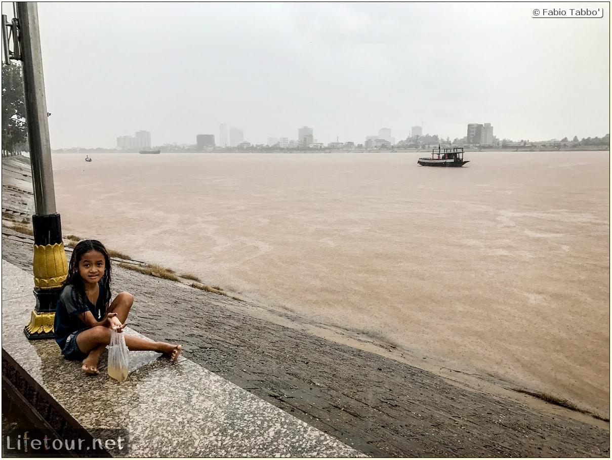 Fabio_s-LifeTour---Cambodia-(2017-July-August)---Phnom-Penh---Sisowath-Quay---18291-cover