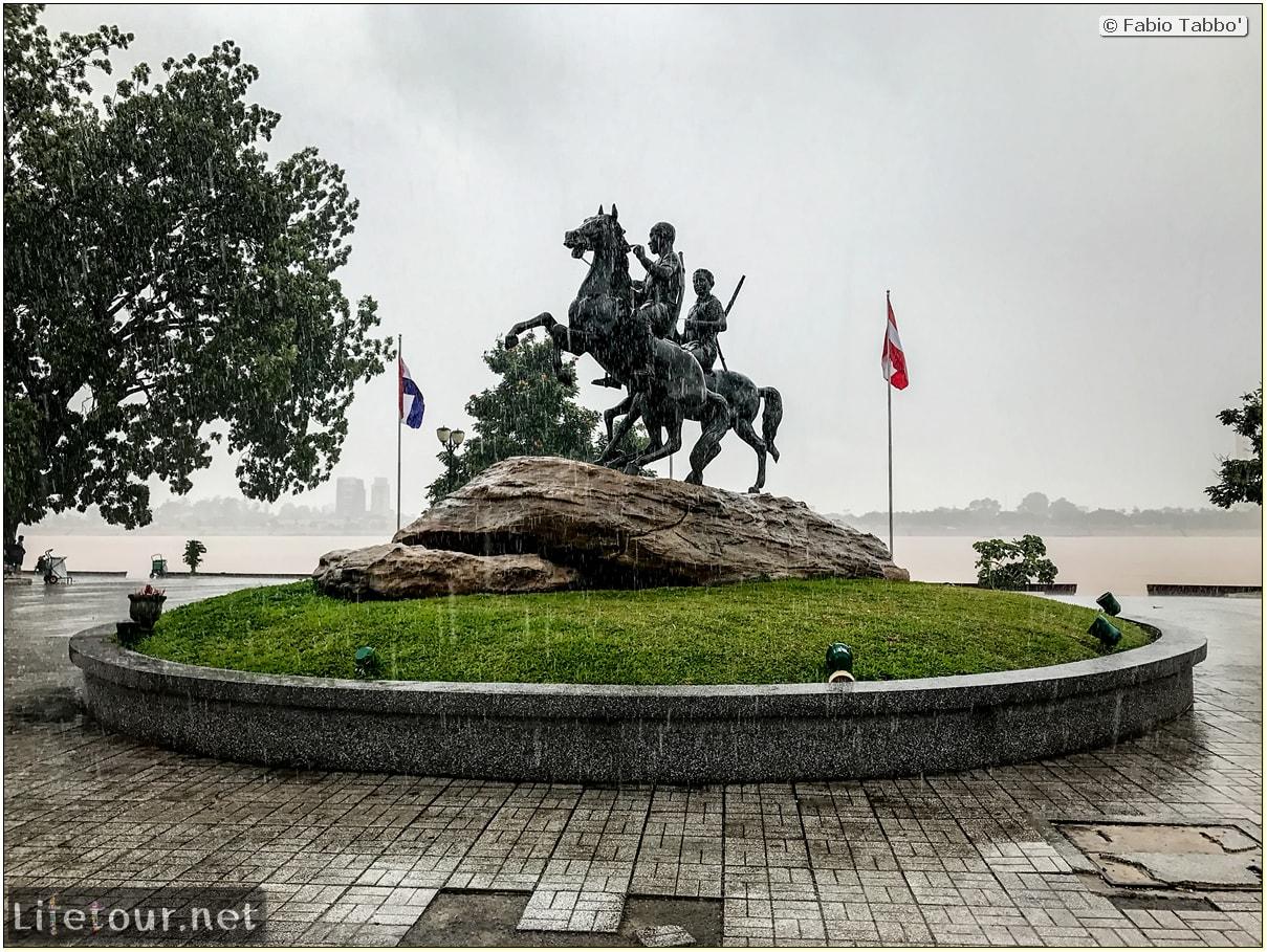 Fabio_s-LifeTour---Cambodia-(2017-July-August)---Phnom-Penh---Sisowath-Quay---18292