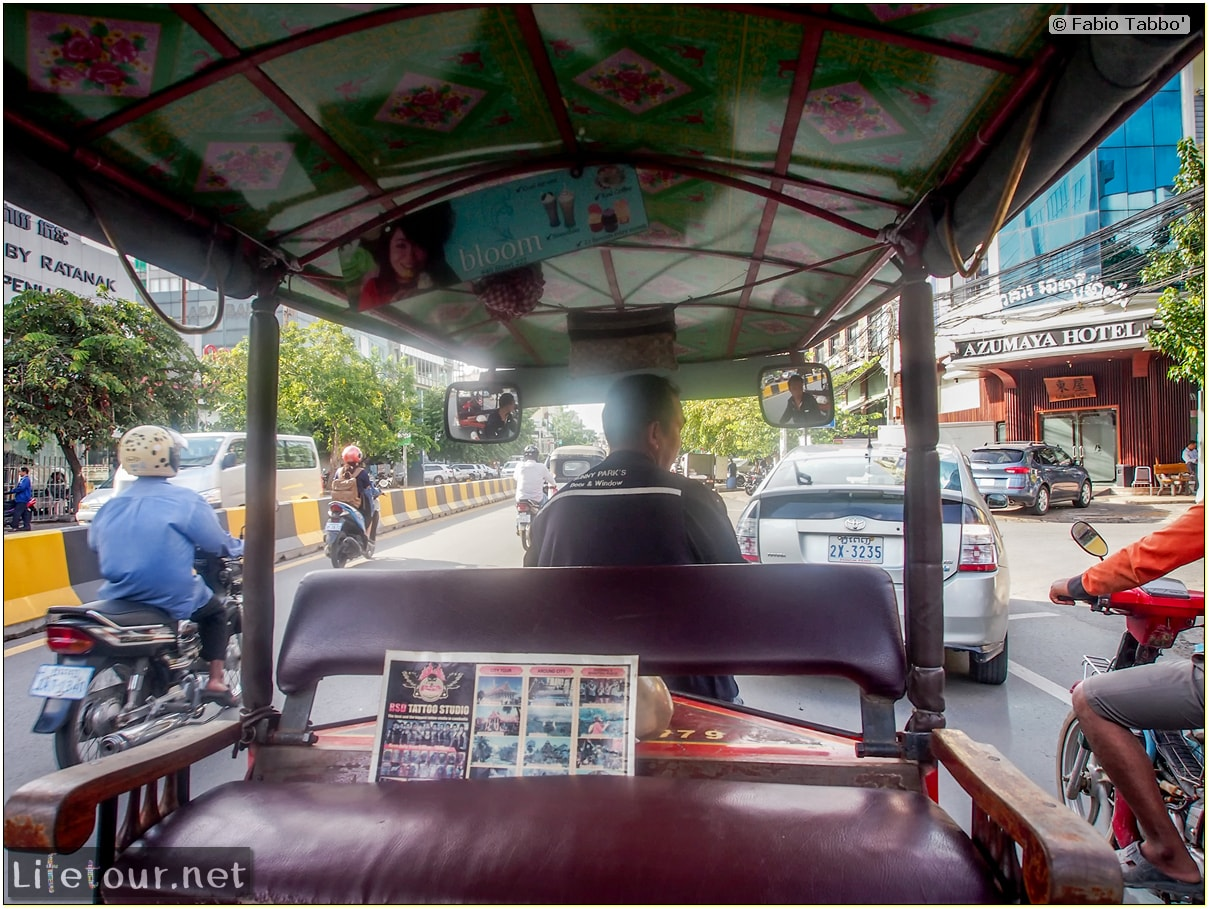 Fabio_s-LifeTour---Cambodia-(2017-July-August)---Phnom-Penh---Tuk-tuk-drivers---20180