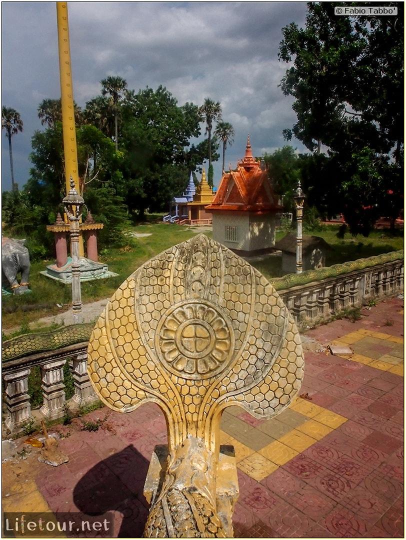 Fabio_s-LifeTour---Cambodia-(2017-July-August)---Phnom-Penh---Wat-Choeung-Ek-(Choeung-Ek-Pagoda)---20158