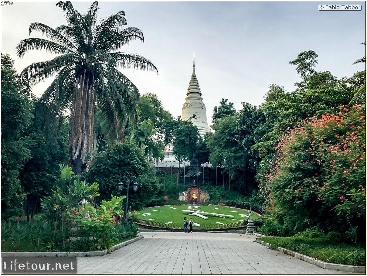 Fabio_s-LifeTour---Cambodia-(2017-July-August)---Phnom-Penh---Wat-Phnom---18314
