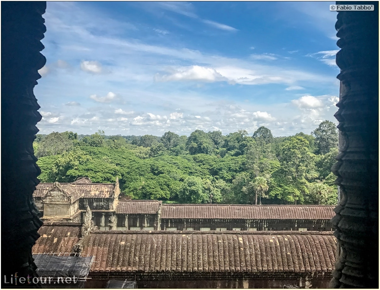 Fabio_s-LifeTour---Cambodia-(2017-July-August)---Siem-Reap-(Angkor)---Angkor-temples---Angkor-Wat---Bakan-temple---18568 cover