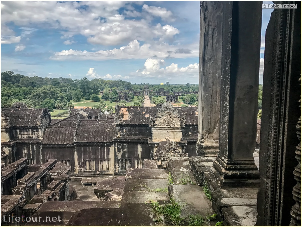 Fabio_s-LifeTour---Cambodia-(2017-July-August)---Siem-Reap-(Angkor)---Angkor-temples---Angkor-Wat---Bakan-temple---18571