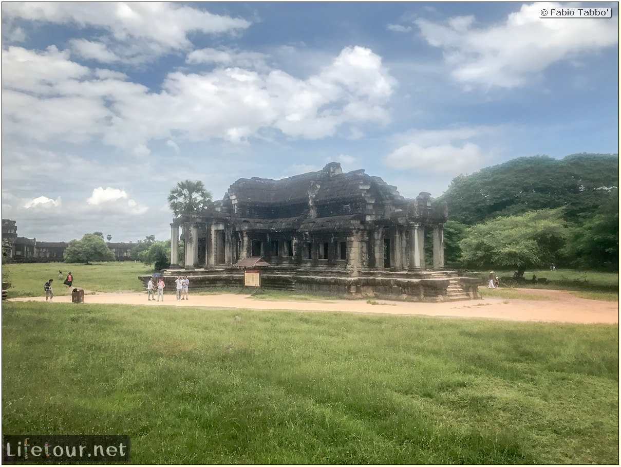 Fabio_s-LifeTour---Cambodia-(2017-July-August)---Siem-Reap-(Angkor)---Angkor-temples---Angkor-Wat---Other-pictures-Angkor-Wat---18592