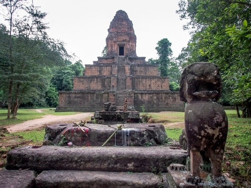 Fabio_s-LifeTour---Cambodia-(2017-July-August)---Siem-Reap-(Angkor)---Angkor-temples---Baksei-Chamkrong-temple---20302-cover