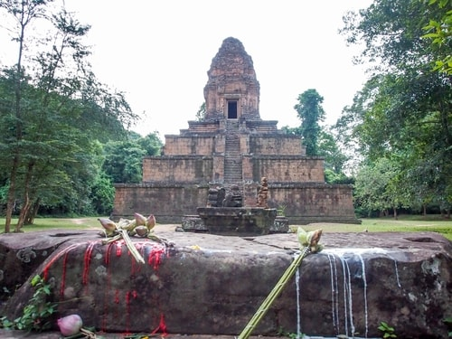 Fabio_s-LifeTour---Cambodia-(2017-July-August)---Siem-Reap-(Angkor)---Angkor-temples---Baksei-Chamkrong-temple---20304-cover