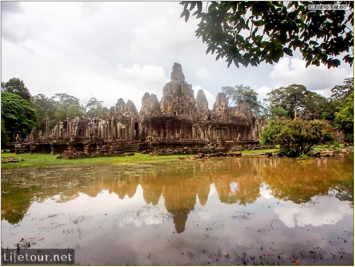 Fabio_s-LifeTour---Cambodia-(2017-July-August)---Siem-Reap-(Angkor)---Angkor-temples---Bayon-temple---20264